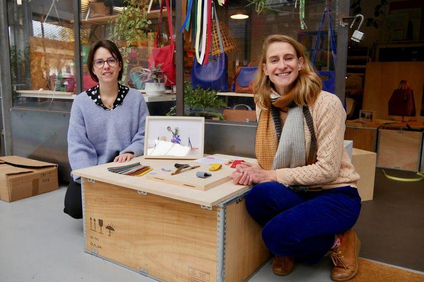 Pauline Bernard et Claire Batardière présentent et vendent leurs productions dans leur boutique située au Garage, 40 rue des Halles. (©Ville de Saint-Nazaire - Blandine Bouillon)