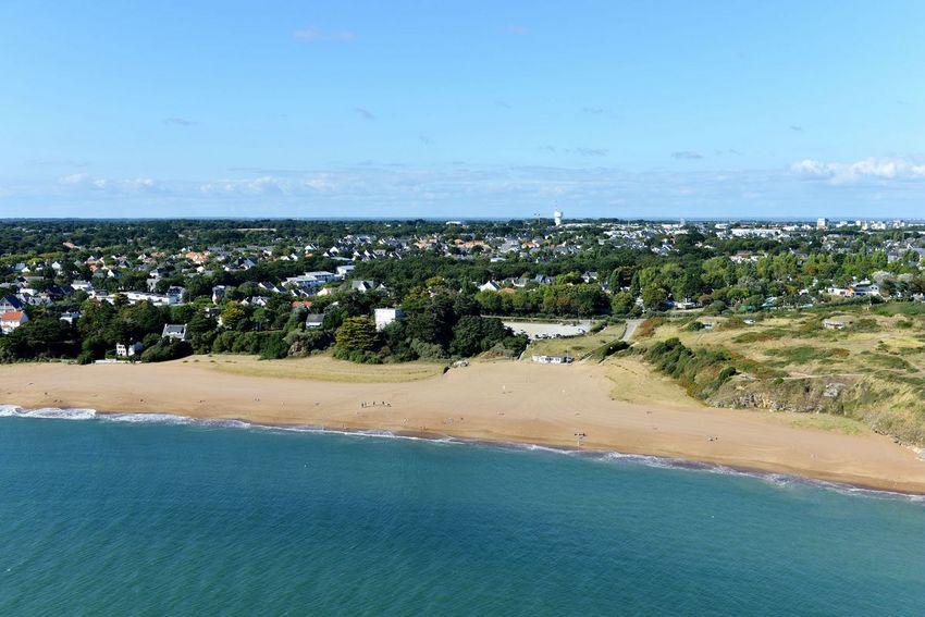 """La plage de la Courance comme celles de Monsieur Hulot et des Jaunais sont de nouveau labellisées """"Pavillon bleu"""""""