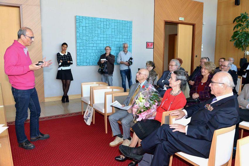 A gauche : Philippe Déguiral, conseiller municipal chargé des Affaires militaires et cérémonies commémoratives.?