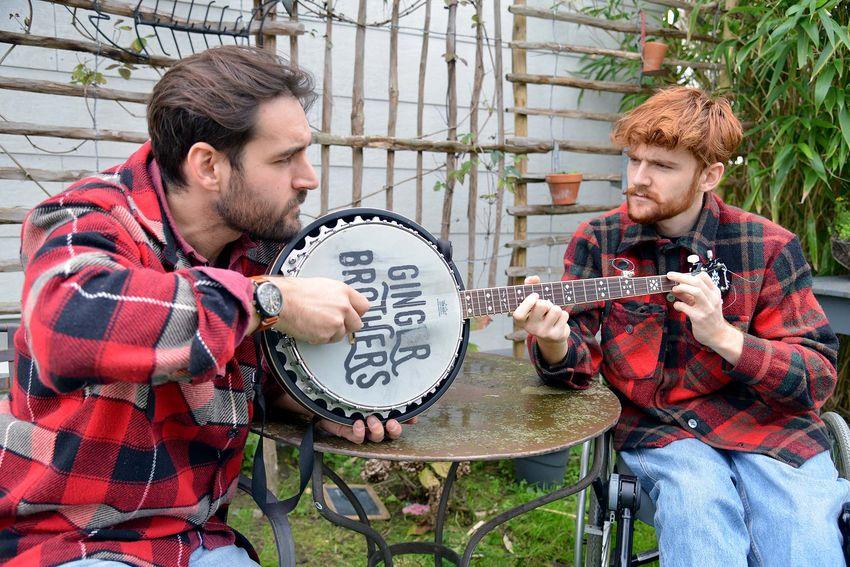 Le jeu rigolo des deux frères devient un projet musical. (©Ville de Saint-Nazaire - Christian Robert)