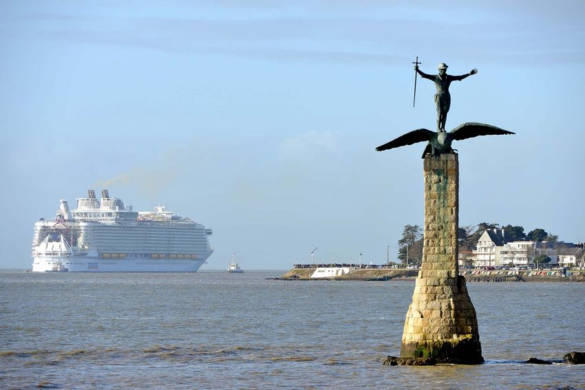 Cap sur Malaga pour le Symphony of the Seas (©Ville de Saint-Nazaire - Martin Launay)