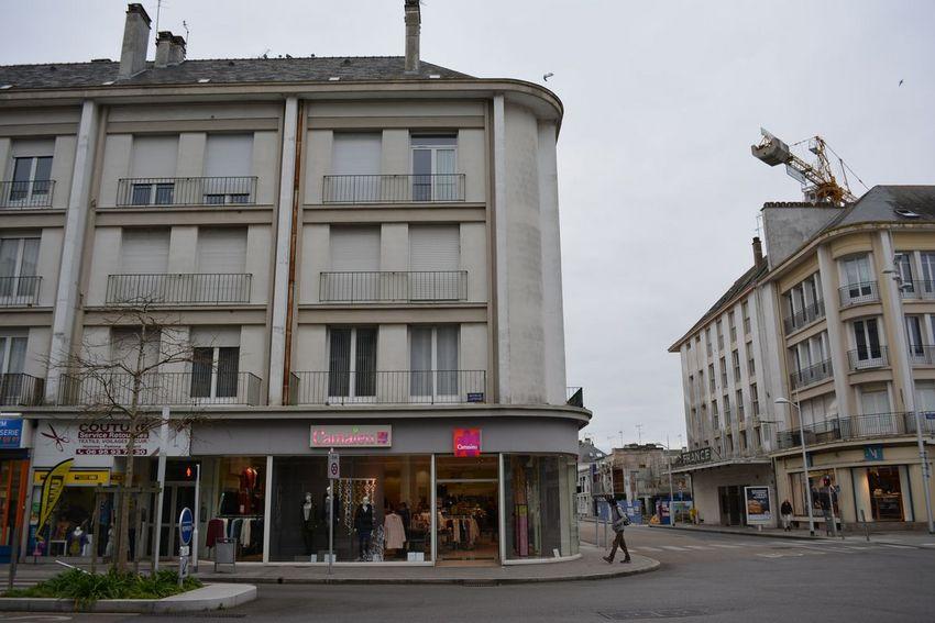Façade du 62 avenue de la République avant son ravalement.