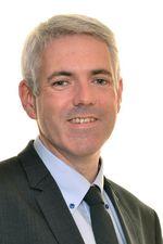 Xavier Perrin, adjoint en charge de l'éducation à Saint-Nazaire