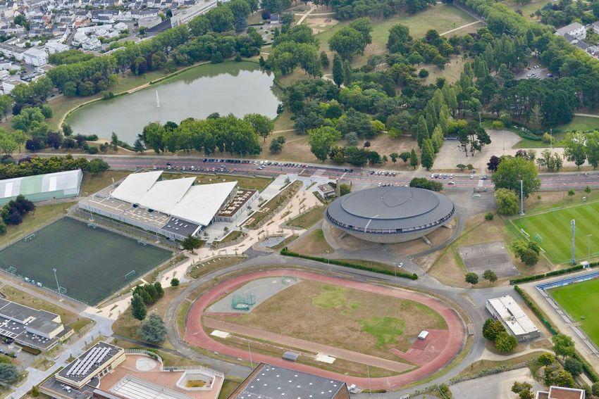 En 2020, la piste d'athlétisme de la plaine de sports va bénéficier d'une rénovation complète.