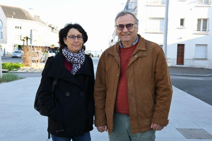 Membres de la commission communication, André Perrin et Jocelyne Couprie assurent la promotion des deux projets auprès de la population et des institutions.