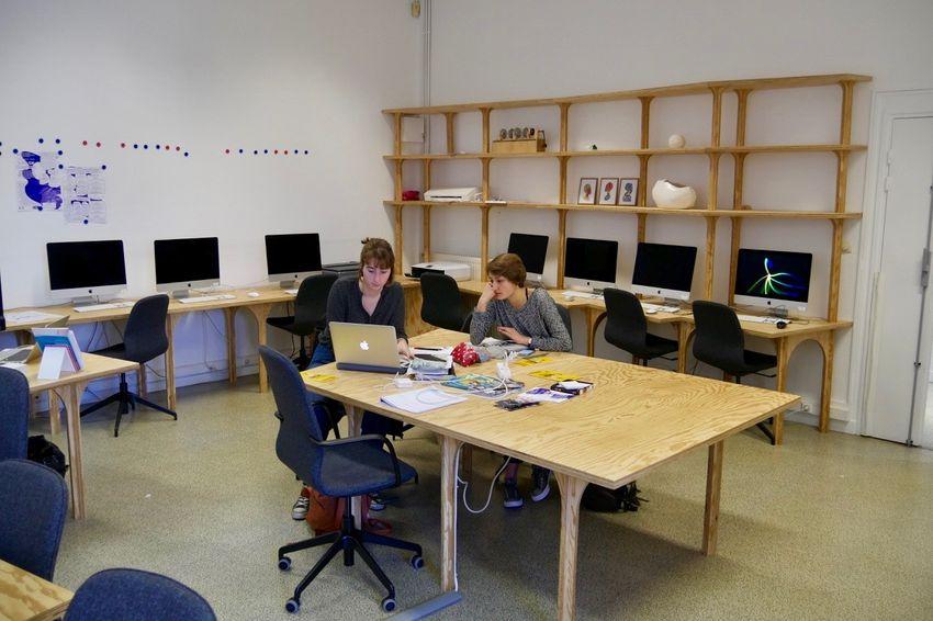 Atelier numérique de l'Ecole d'arts aménagé par le collectif Fichtre (©Ville de Saint-Nazaire)