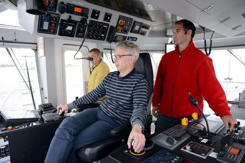 Le capitaine Caillaud est à pied d'oeuvre avec son équipage.