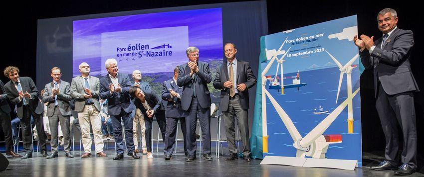 L'ensemble des partenaires du projet ont participé le 19 septembre dernier à une symbolique cérémonie de lancement dans l'Alvéole 12 de la base sous-marine. © Cyrille Dupont - Parc du banc de Guérande.