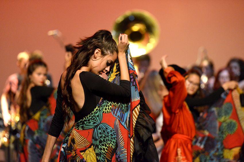 La création des 22 et 23 juin réunit les trois esthétiques de danse enseignées au Conservatoire : classique, jazz et contemporain. (©Ville de Saint-Nazaire - Martin Launay)
