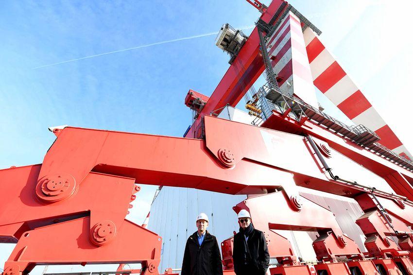 Laurent Castaing, directeur général de Chantiers de l'Atlantique, et Paul Bazireau, président du directoire de l'entreprise Charier (©Ville de Saint-Nazaire - Martin Launay)