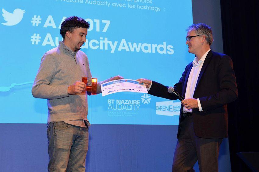 Le 8 novembre dernier l'association A vos soins a reçu le trophée Défi innovation sociale et RSE des Audacity awards 2017.