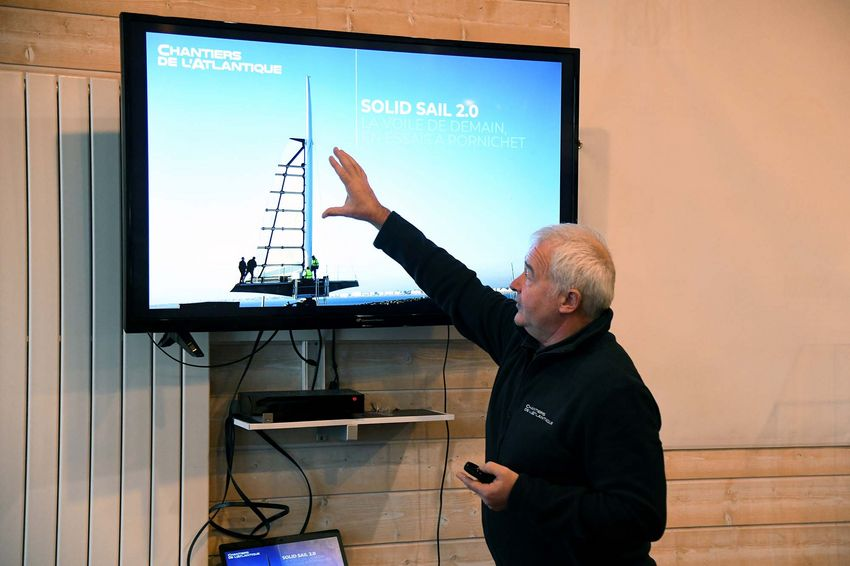 """Nicolas Abiven, ingénieur concepteur aux Chantiers de l'Atlantique, dans l'équipe """"Solid Sail"""" (©Ville de Saint-Nazaire - Christian Robert)"""