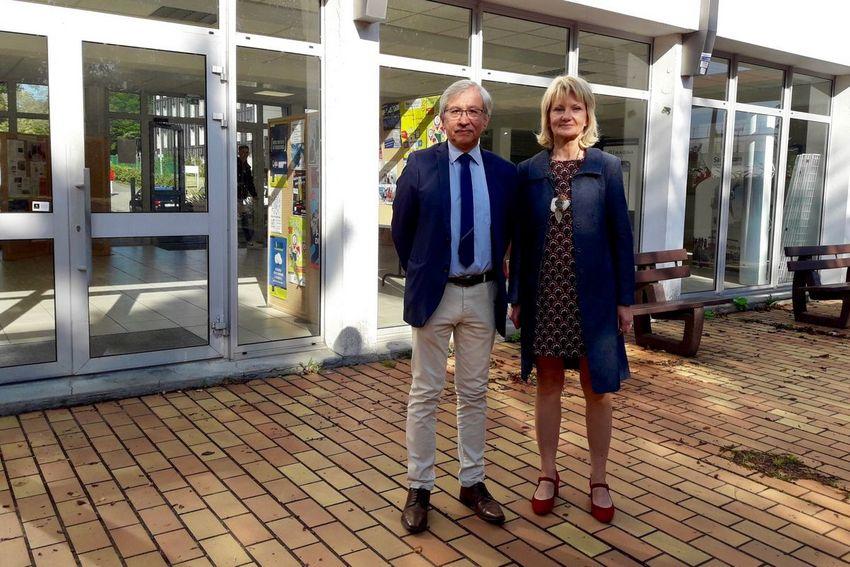 Ronald Guillen, directeur de l'IUT de Saint-Nazaire, et Marie-Pascale Senkel, directrice adjointe. (©Ville de Saint-Nazaire)
