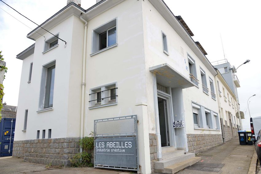 Le bâtiment des Abeilles, ancien local des remorqueurs, sera inauguré en septembre. (©Ville de Saint-Nazaire - Christian Robert)