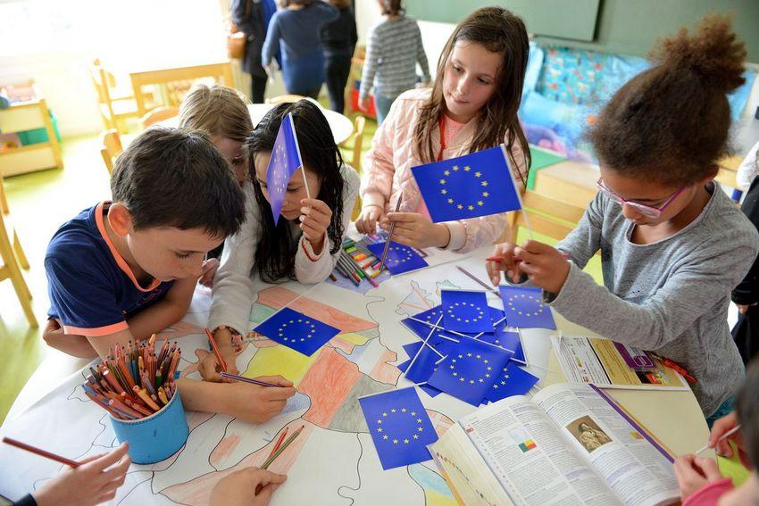 Fête de l'Europe à l'Ecole Lamartine (©Ville de Saint-Nazaire - Christian Robert)