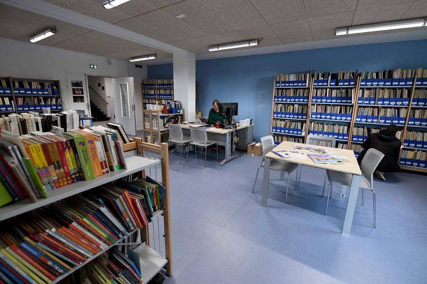 Florence Madre ouvre la bibliothèque du conservatoire du lundi au jeudi. (©Ville de Saint-Nazaire - Christian Robert)
