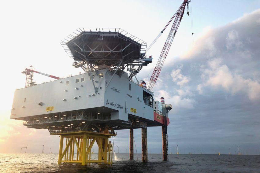 La sous-station permet de relayer l'énergie de 60 éoliennes offshore vers l'équivalent de 400 000 foyers en Allemagne. (©Chantiers de l'Atlantique)
