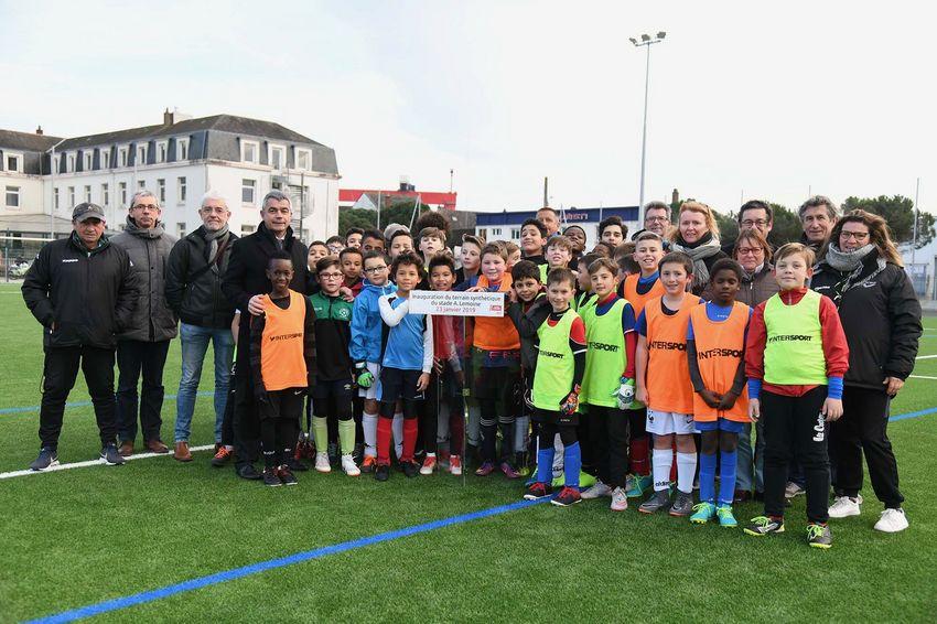 Opérationnel depuis plusieurs semaines, le terrain du stade Lemoine a été officiellement inauguré le 23 janvier.