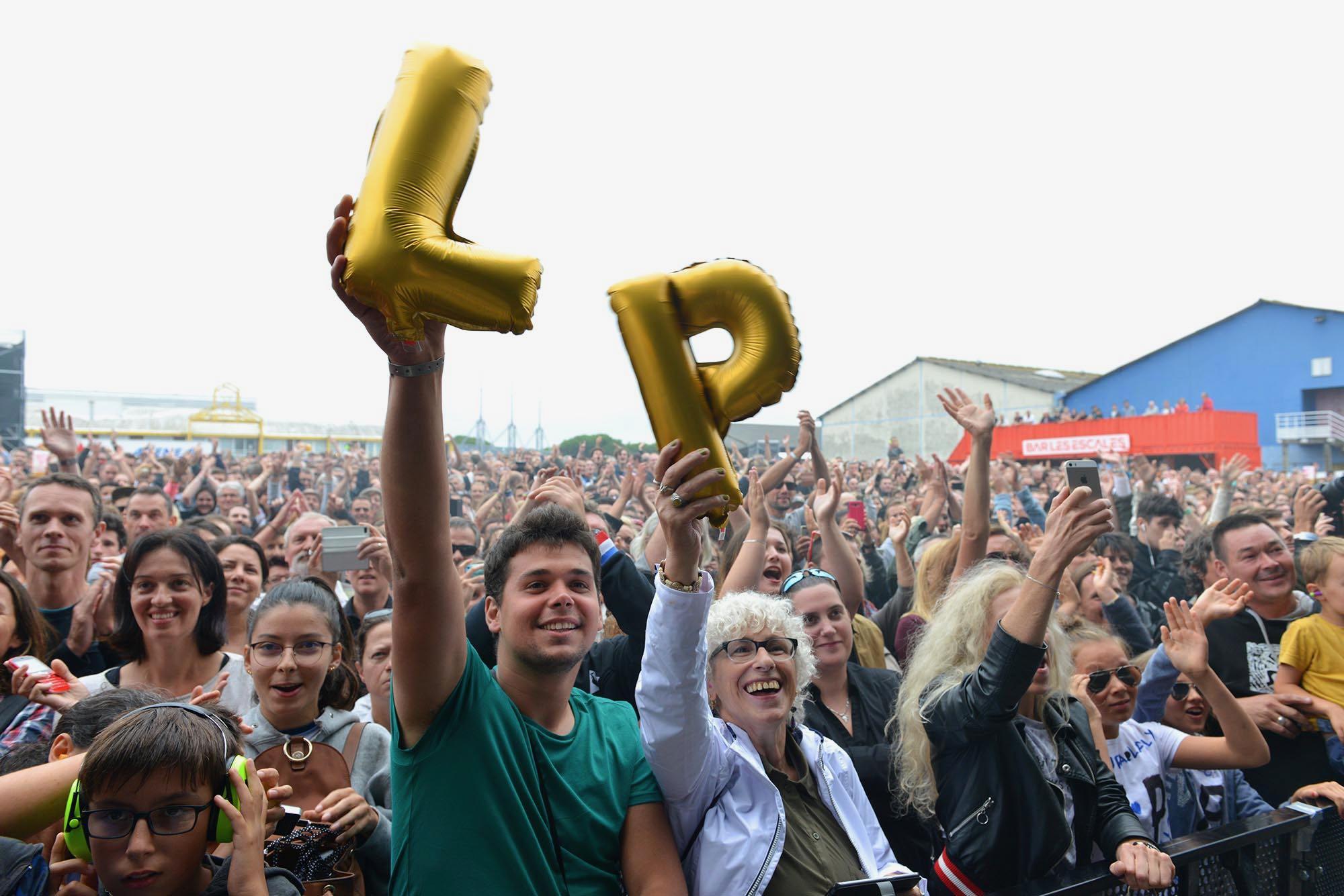 Le public au concert de LP samedi soir scène du Port.