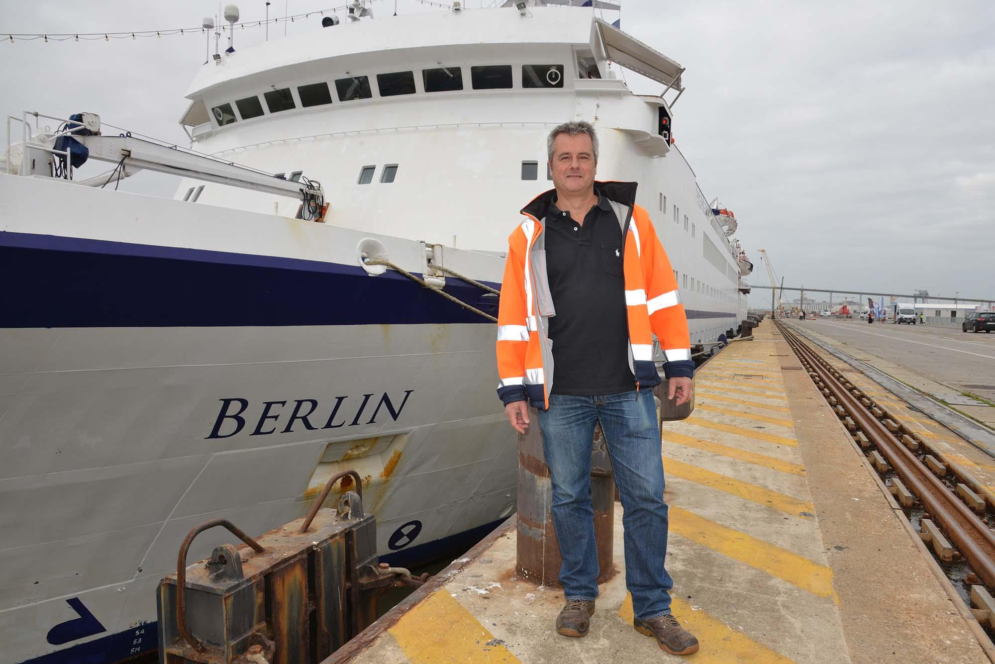 James Le Cocq, président du Nantes Saint-Nazaire Cruise Club, accompagne et développe les escales. (©Ville de Saint-Nazaire - Christian Robert)