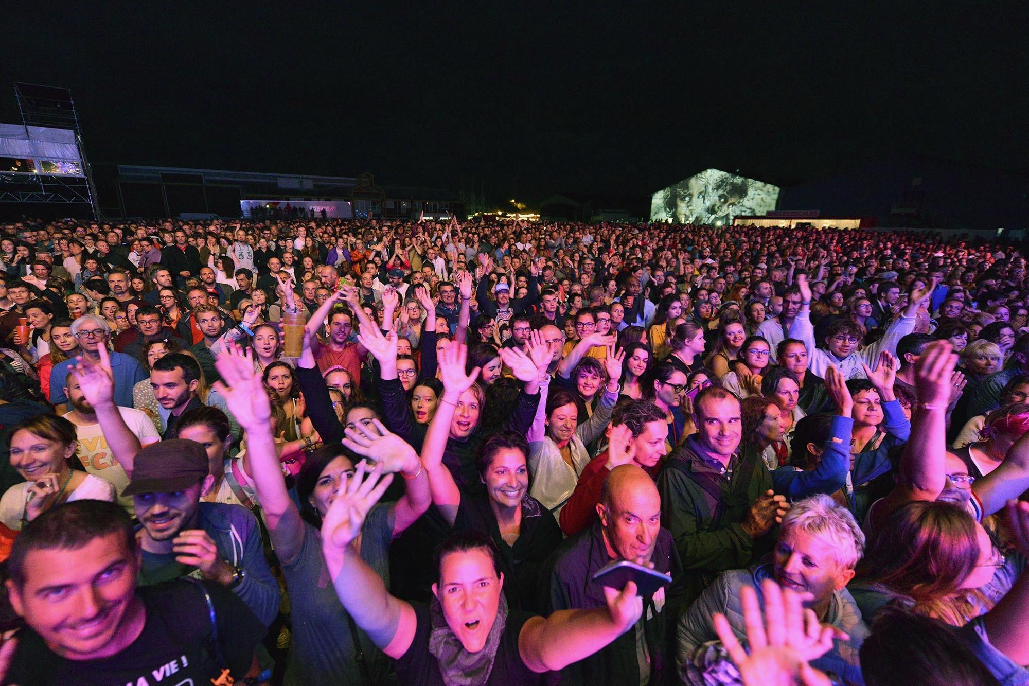 Le public au concert de Beth Ditto.