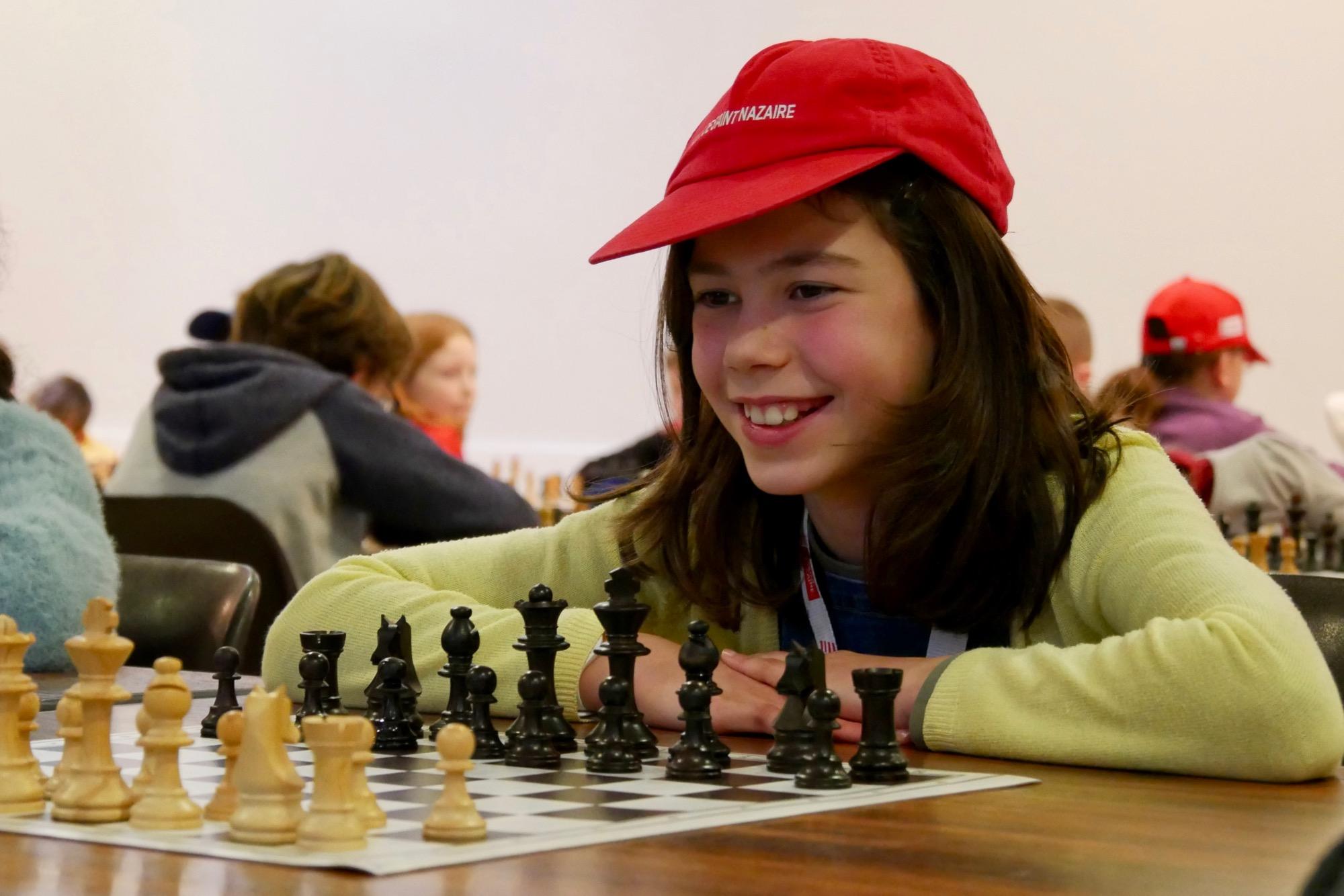 Les écoliers sont ravis de participer au tournoi d'échecs. Ils se qualifient pour la phase académique. (©Ville de Saint-Nazaire)