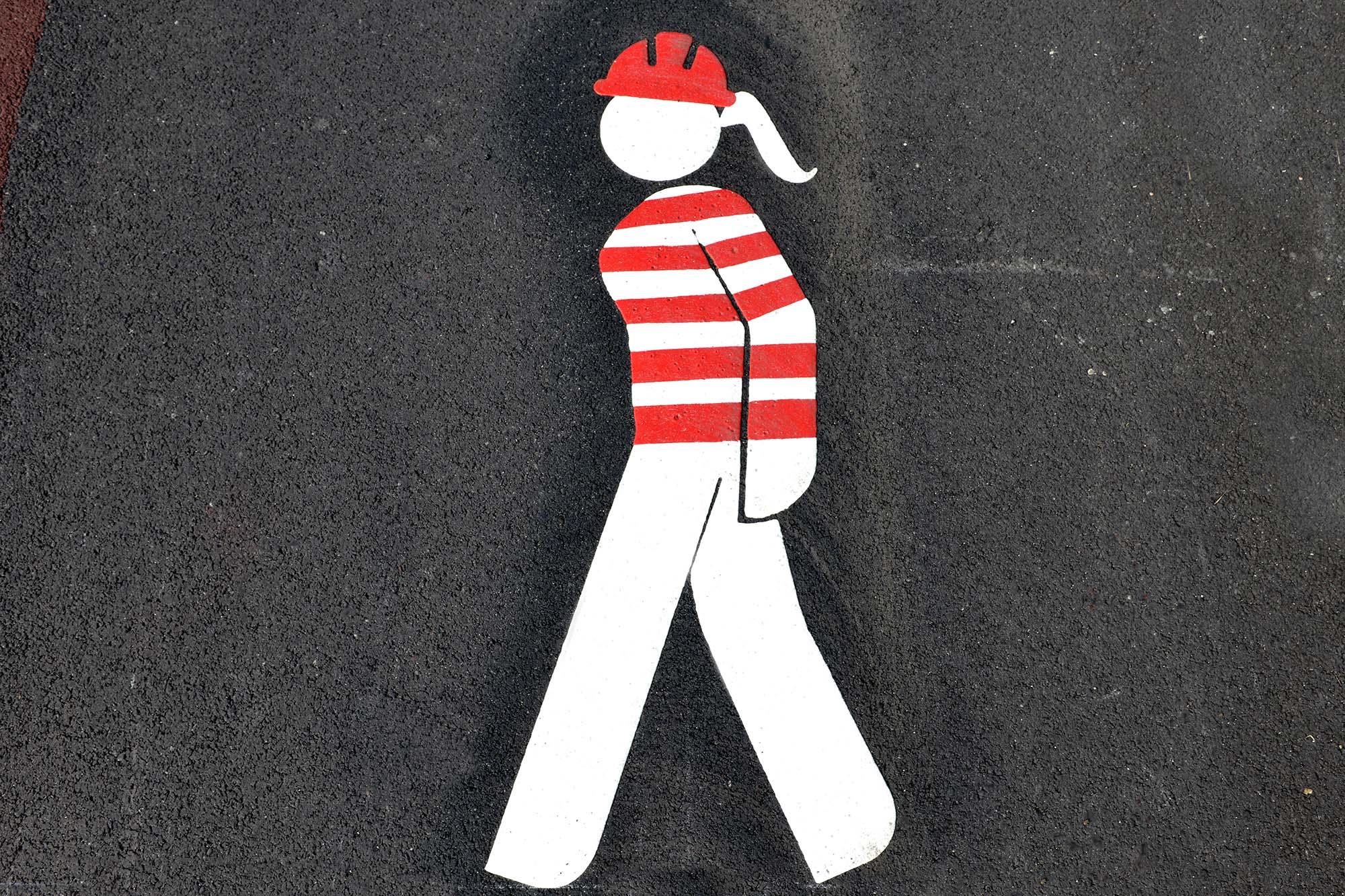 Des pictogrammes à l'image de la vie industrielle. (©Ville de Saint-Nazaire - Martin Launay)