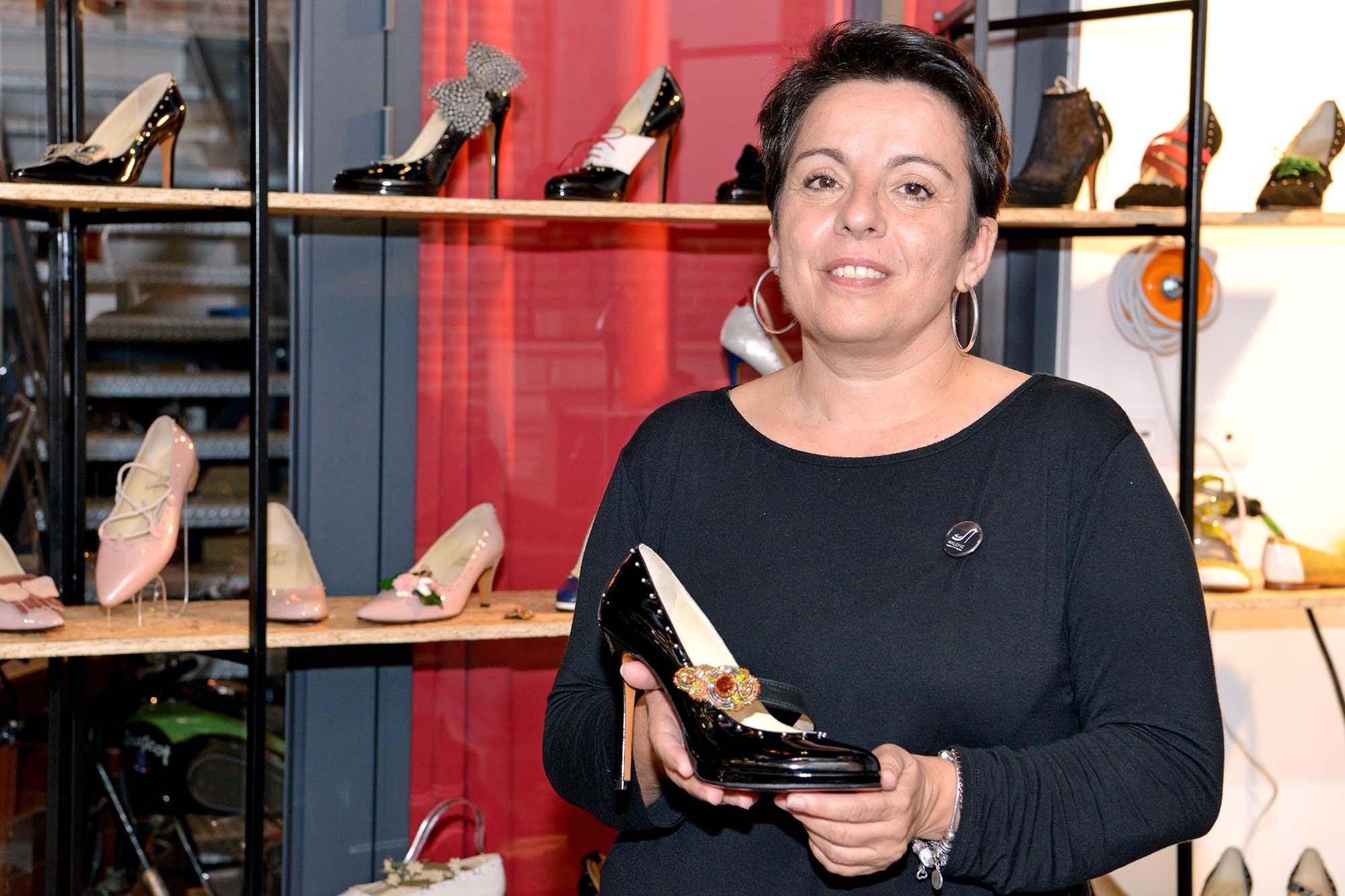 Animée par l'envie de mieux vivre la mode, Morgane Cabaret a fondé Maléfic Shoes en 2014.