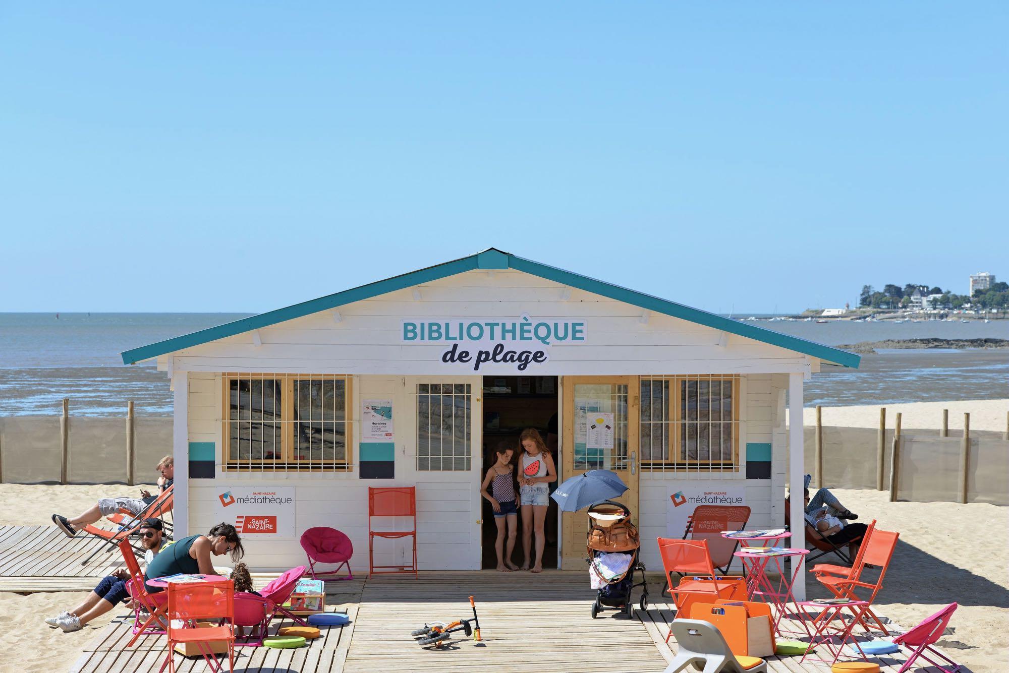 Cet été, près de 5000 personnes ont fréquenté la bibliothèque de plage installée dans le cadre des animations de Saint-Nazaire côté plages.