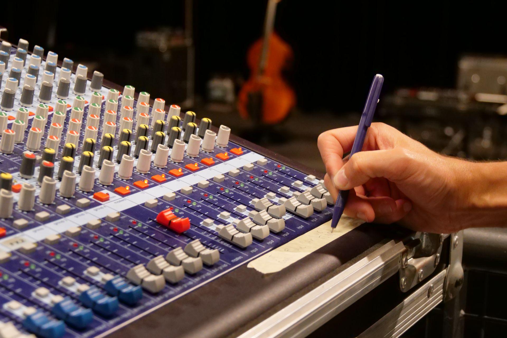 Les artistes de tout niveau trouvent écoute et conseils aux studios du VIP. (©Ville de Saint-Nazaire)